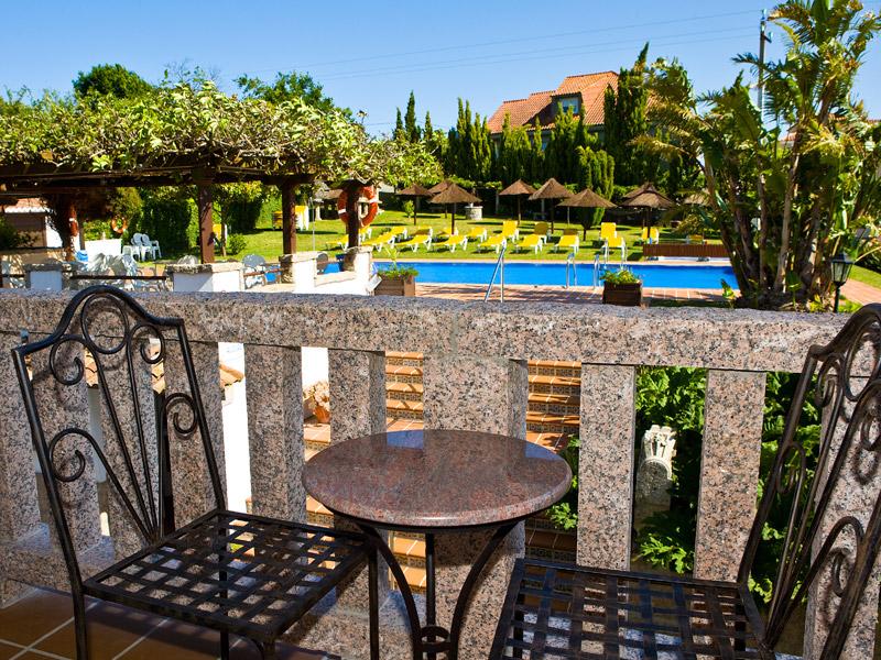 Apartamentos cabicastro apartamentos en sanxenxo web oficial aparthotel cabicastro - Apartamentos en portonovo con piscina ...